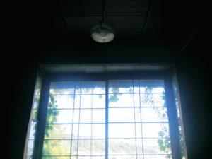 048_未来の窓